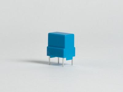 Fémláb körbefröccsöléses technológia, üvegszál erősítéses polikarbonát alapanyag, alunínium ötvözet lábak, lábak húzópróbája>35N